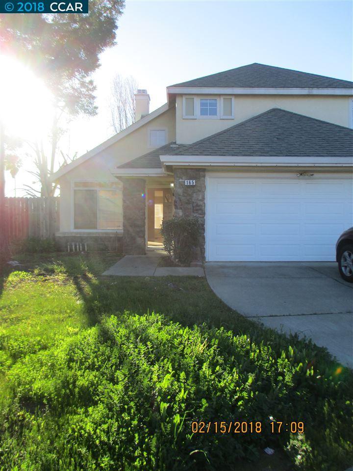 Частный односемейный дом для того Аренда на 165 Arabian Court 165 Arabian Court Vallejo, Калифорния 94589 Соединенные Штаты