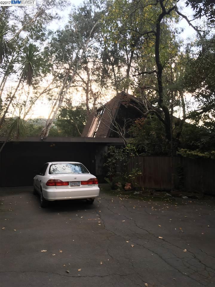 獨棟家庭住宅 為 出售 在 170 Glorietta Blvd 170 Glorietta Blvd Orinda, 加利福尼亞州 94563 美國