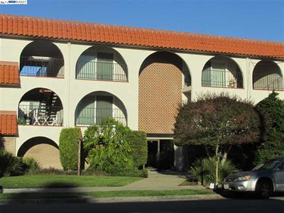 Photo of  2133 Santa Clara Ave