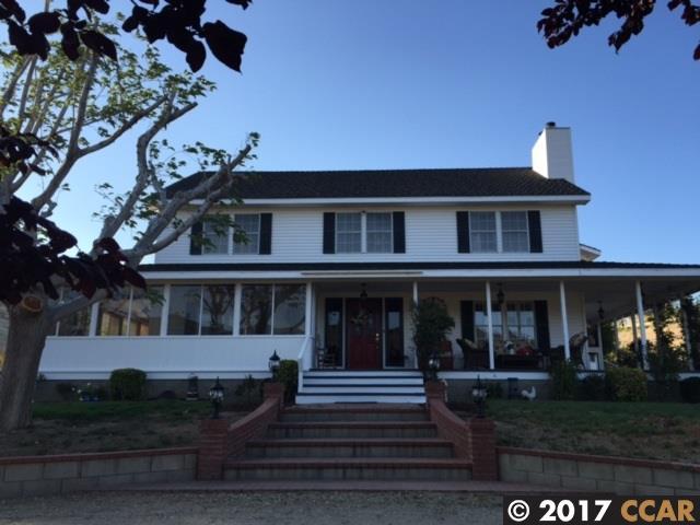 Casa Unifamiliar por un Venta en 9641 Leona Avenue 9641 Leona Avenue Leona Valley, California 93551 Estados Unidos