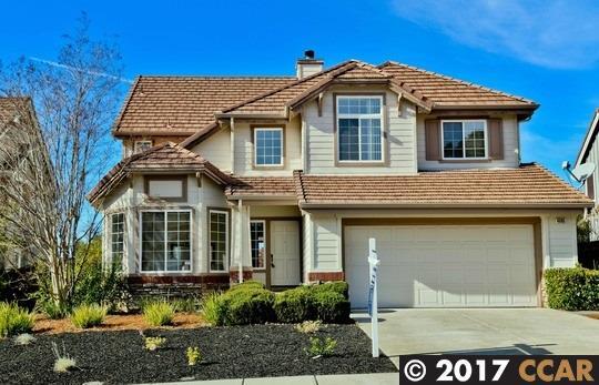 واحد منزل الأسرة للـ Sale في 4005 Hummingbird Way 4005 Hummingbird Way Clayton, California 94517 United States