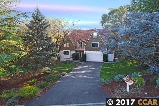 獨棟家庭住宅 為 出售 在 401 Starview Drive 401 Starview Drive Danville, 加利福尼亞州 94526 美國