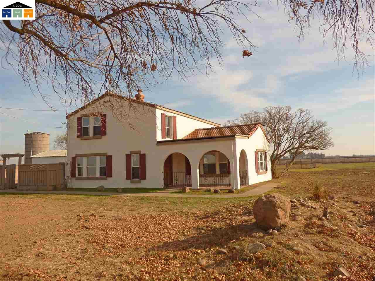 獨棟家庭住宅 為 出售 在 1712 Pomelo Avenue 1712 Pomelo Avenue Patterson, 加利福尼亞州 95363 美國