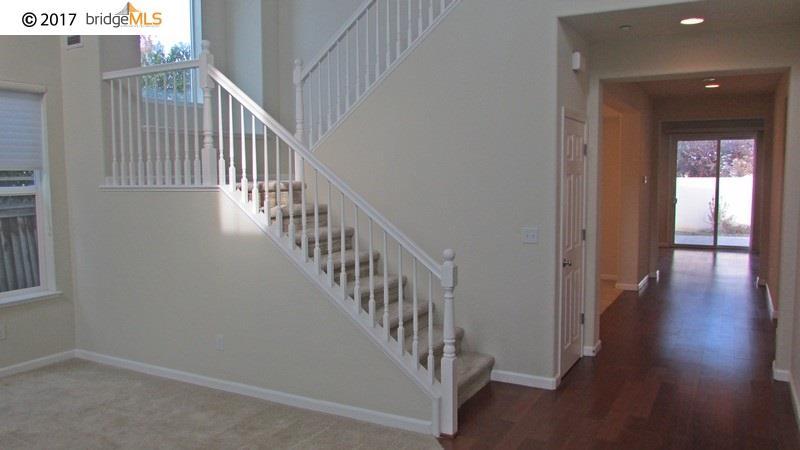 Einfamilienhaus für Mieten beim 1200 SARATOGA Place 1200 SARATOGA Place Brentwood, Kalifornien 94513 Vereinigte Staaten