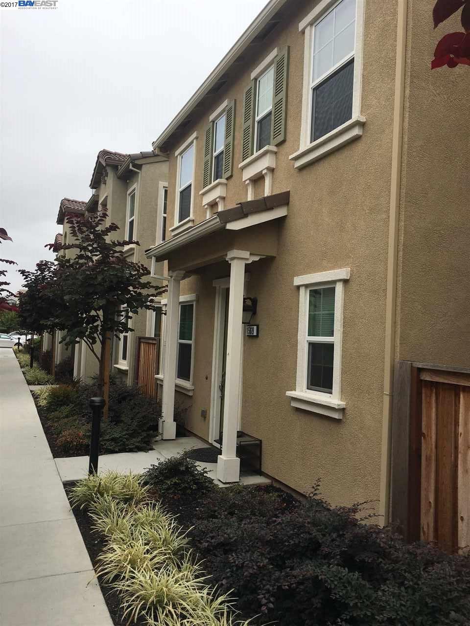 Casa Unifamiliar por un Alquiler en 1569 Glenn Street 1569 Glenn Street Hayward, California 94545 Estados Unidos