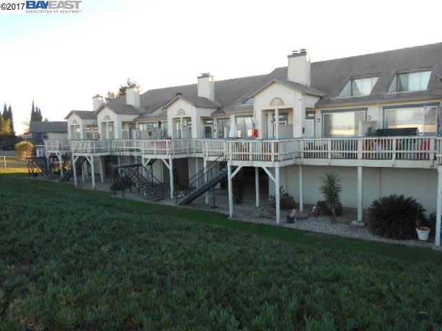 Condominio por un Venta en 3671 Wells Road 3671 Wells Road Oakley, California 94561 Estados Unidos