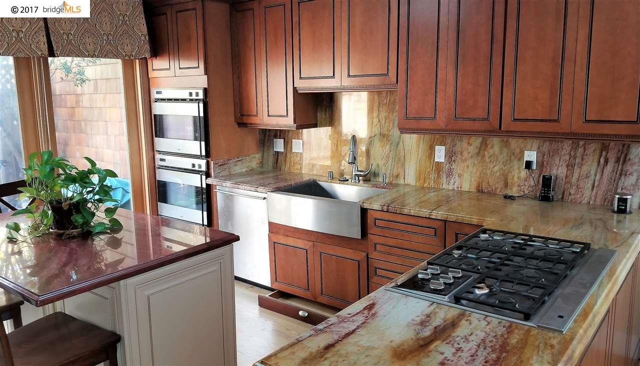タウンハウス のために 賃貸 アット 61 Sereno Circle 61 Sereno Circle Oakland, カリフォルニア 94619 アメリカ合衆国