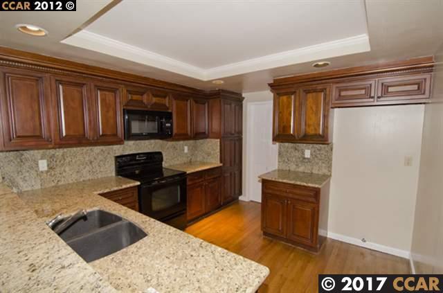 Townhouse for Rent at 156 ALAMO SQ 156 ALAMO SQ Alamo, California 94507 United States