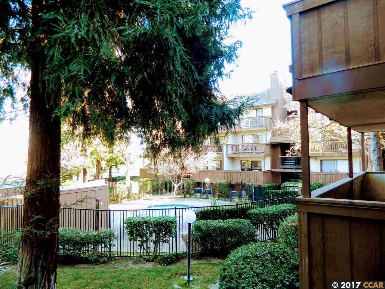 Appartement en copropriété pour l à louer à 2055 Sierra Road 2055 Sierra Road Concord, Californie 94518 États-Unis