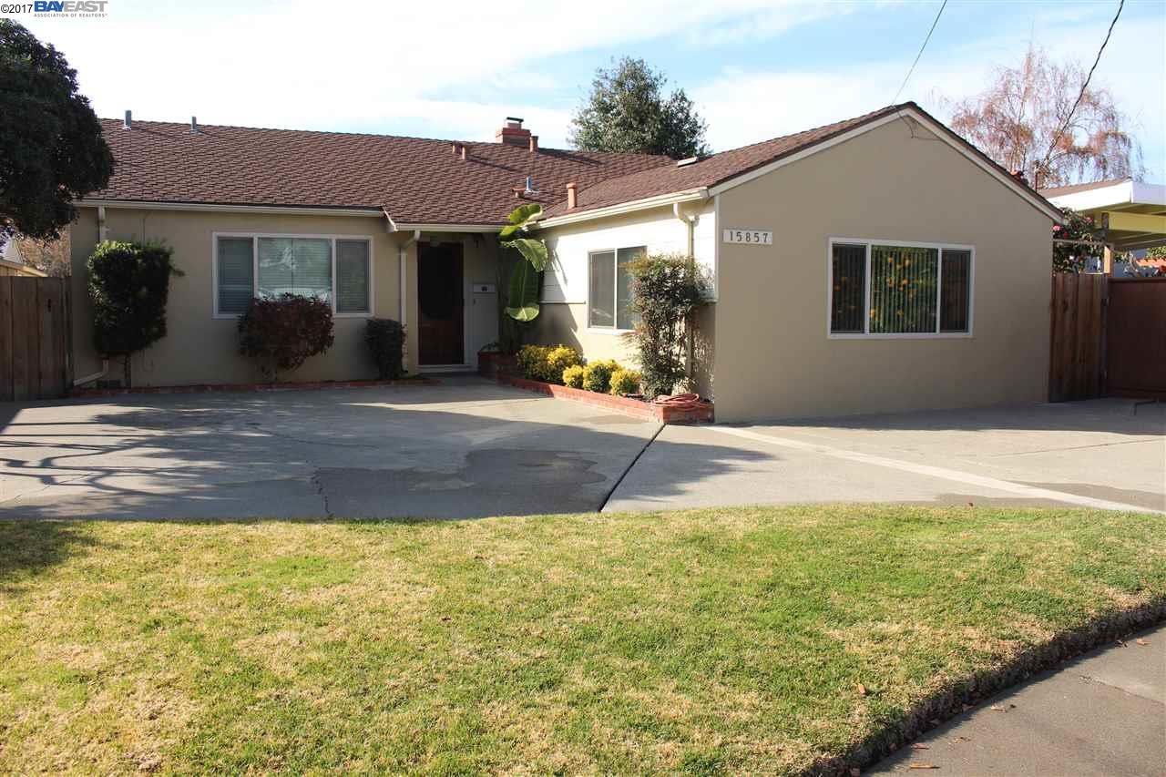 Maison unifamiliale pour l à louer à 15857 Via Seco 15857 Via Seco San Lorenzo, Californie 94580 États-Unis