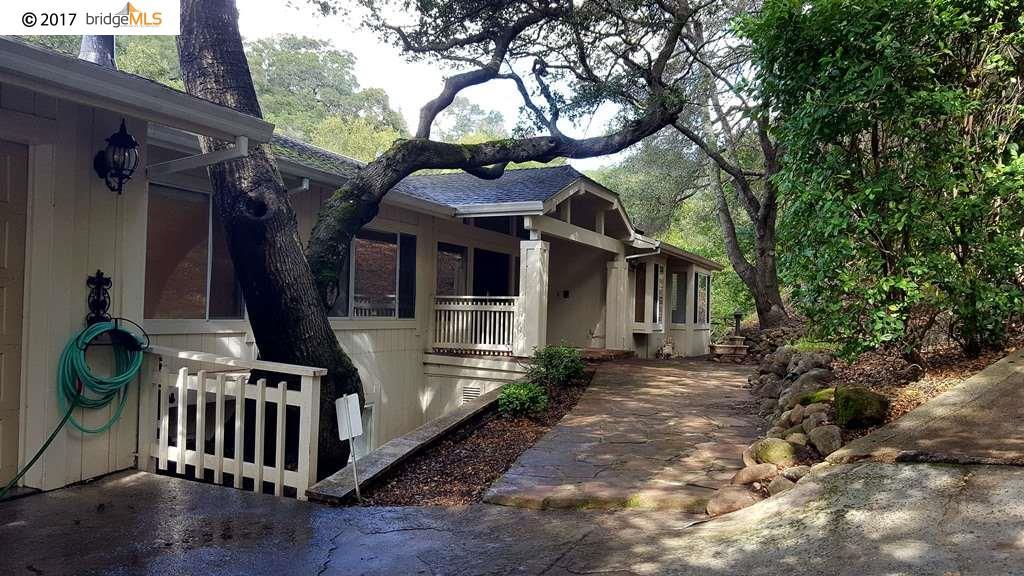 Casa Unifamiliar por un Alquiler en 8 Charles Hill Circle 8 Charles Hill Circle Orinda, California 94563 Estados Unidos