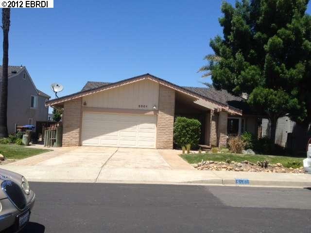 Casa Unifamiliar por un Alquiler en 5501 BEAVER Lane 5501 BEAVER Lane Discovery Bay, California 94514 Estados Unidos