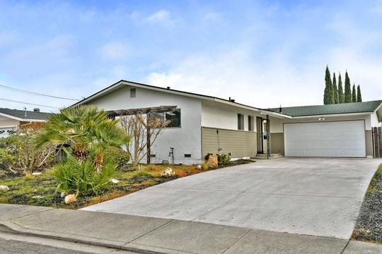 واحد منزل الأسرة للـ Sale في 980 Argenta Drive 980 Argenta Drive Pacheco, California 94553 United States