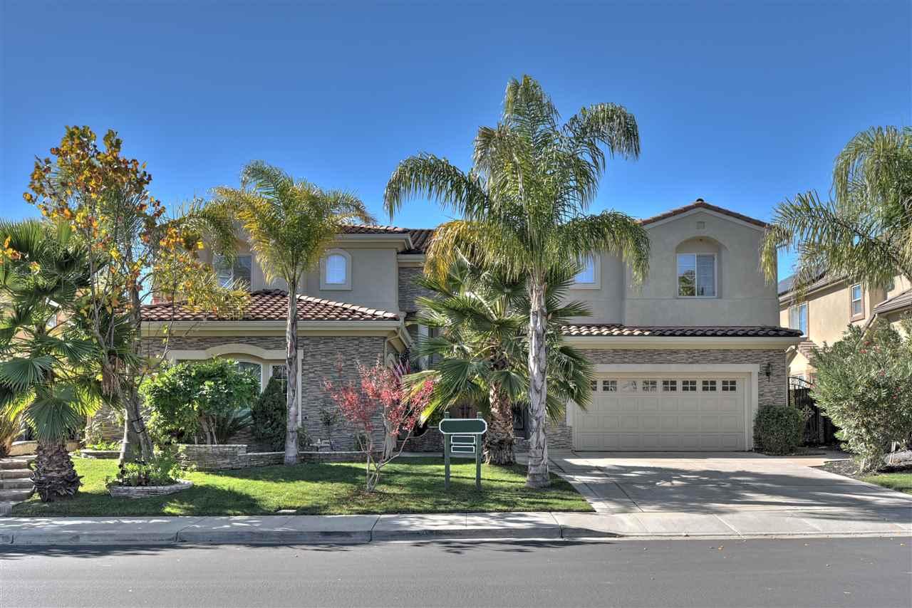 Частный односемейный дом для того Продажа на 5820 Kingsmill Ter 5820 Kingsmill Ter Dublin, Калифорния 94568 Соединенные Штаты