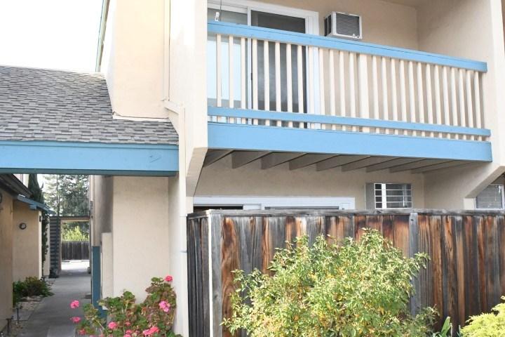 Кондоминиум для того Продажа на 3461 Norton Way 3461 Norton Way Pleasanton, Калифорния 94566 Соединенные Штаты
