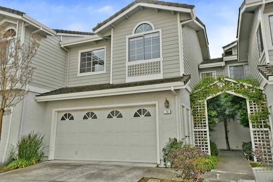 Townhouse for Sale at 13 Bramblewood Court 13 Bramblewood Court Danville, California 94506 United States
