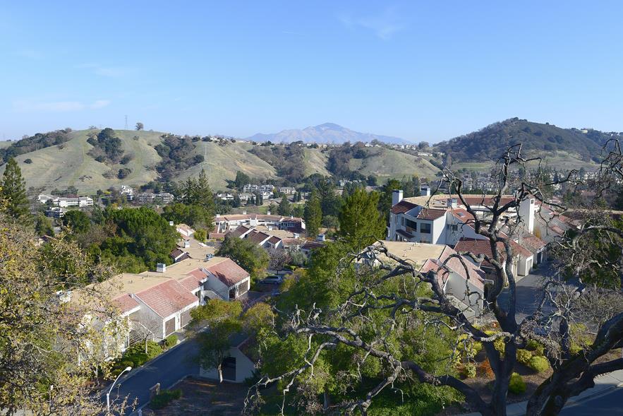 Condominio por un Venta en 3425 Terra Granada Drive 3425 Terra Granada Drive Walnut Creek, California 94595 Estados Unidos