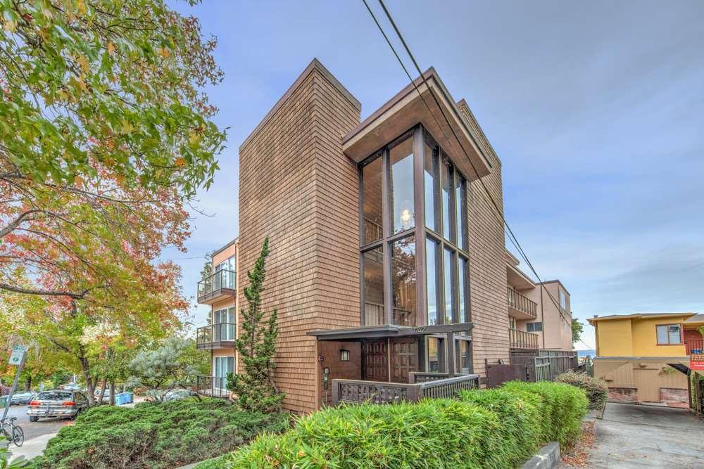 Maison avec plusieurs logements pour l Vente à 1742 Spruce Street 1742 Spruce Street Berkeley, Californie 94709 États-Unis