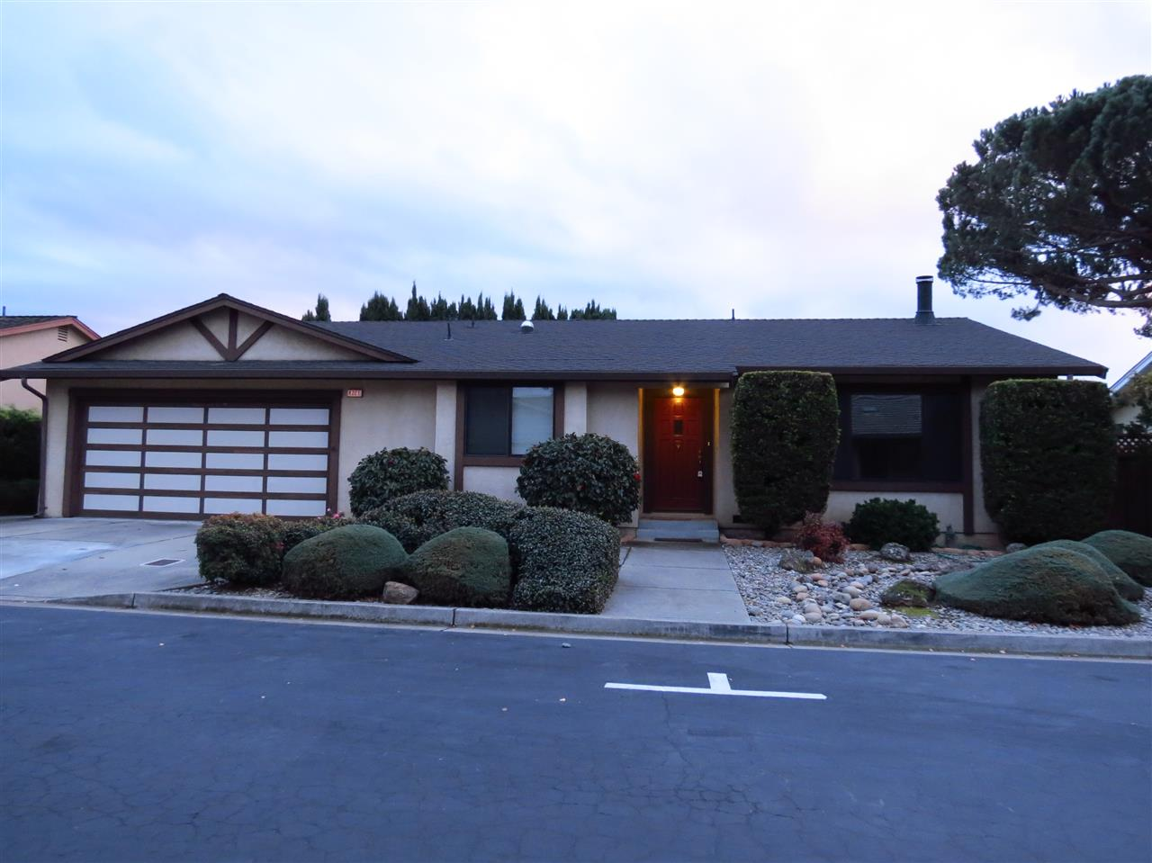 Single Family Home for Sale at 4221 Beverly Place 4221 Beverly Place Castro Valley, California 94546 United States