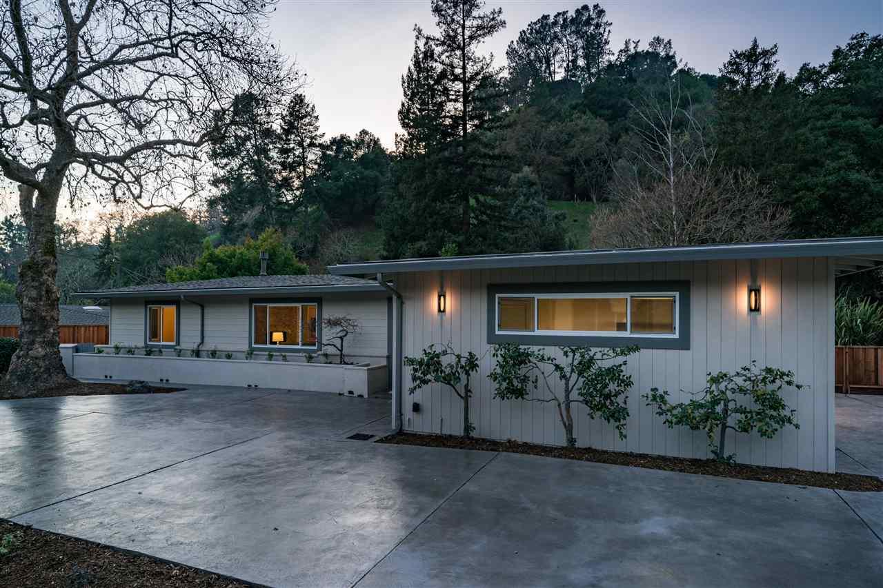 Частный односемейный дом для того Продажа на 1205 Monticello Road 1205 Monticello Road Lafayette, Калифорния 94549 Соединенные Штаты