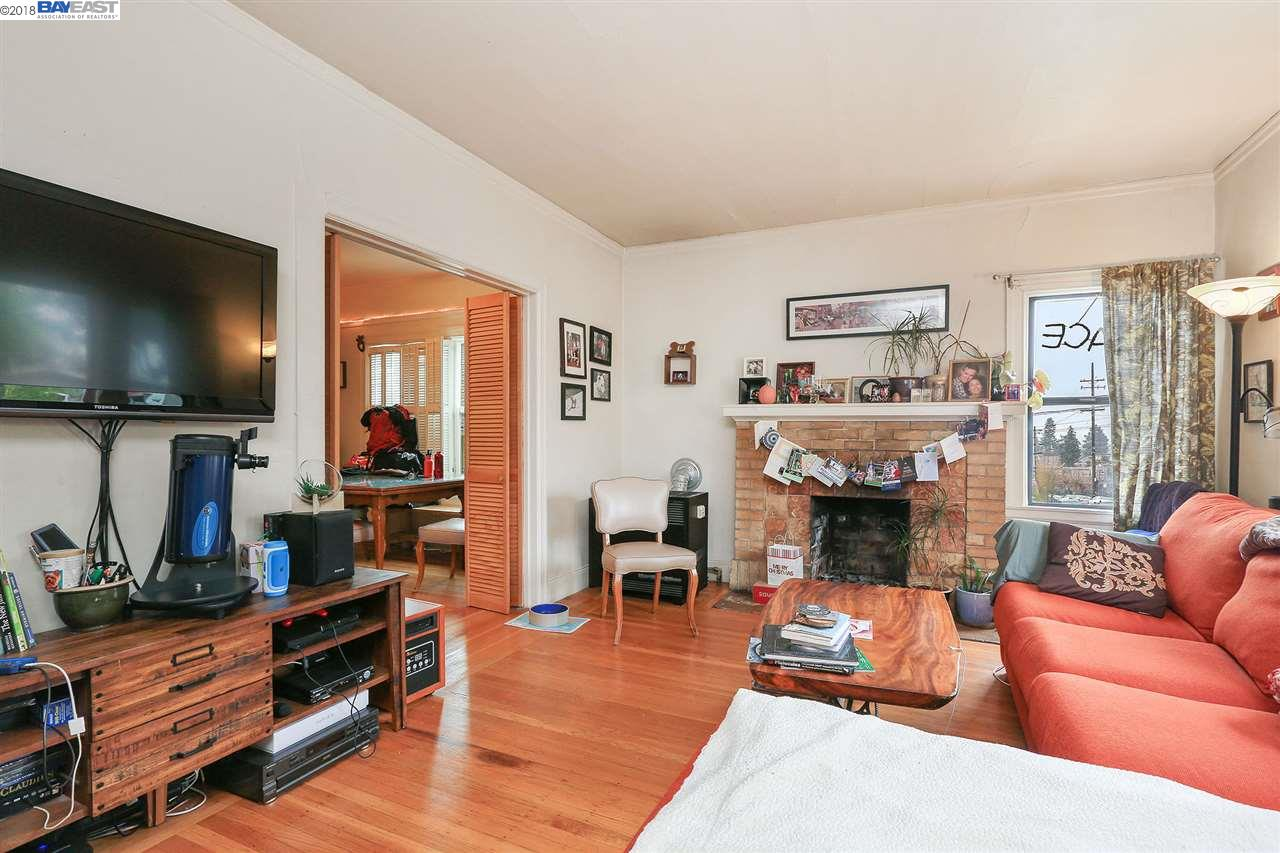 Additional photo for property listing at 2020 47th Avenue 2020 47th Avenue Oakland, Kalifornien 94601 Vereinigte Staaten