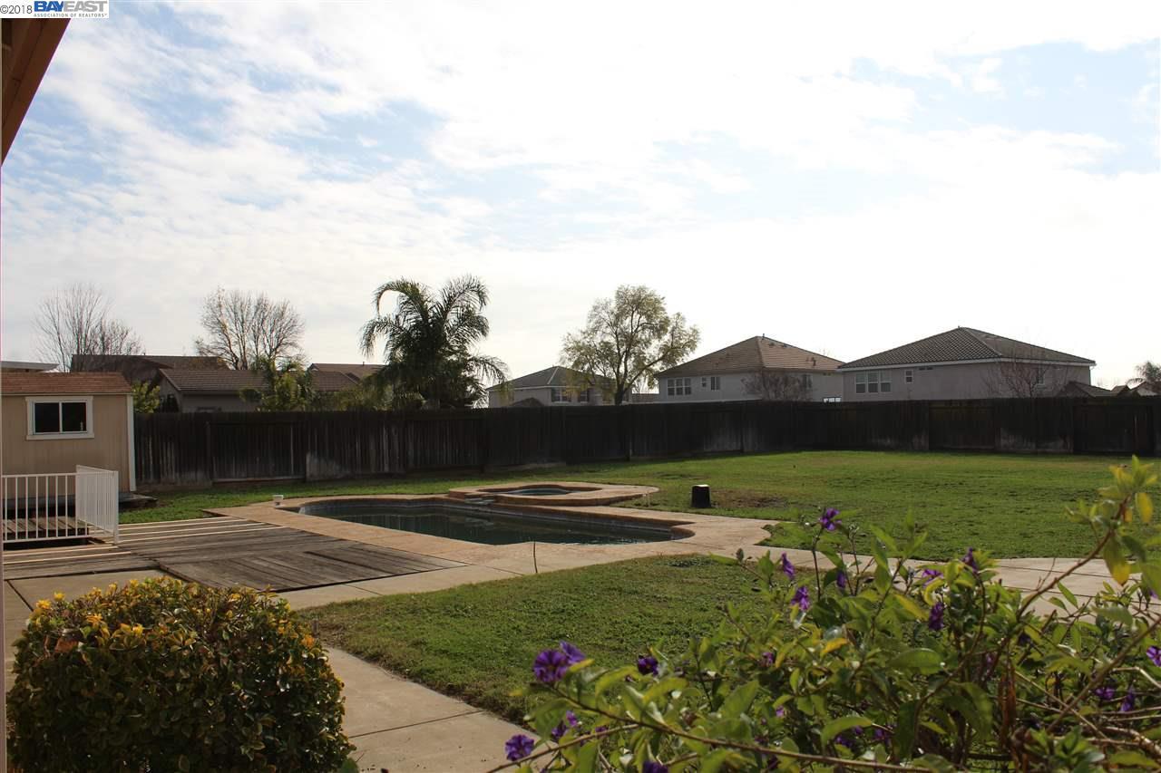 一戸建て のために 売買 アット 4432 Kingscote Way 4432 Kingscote Way Sacramento, カリフォルニア 95655 アメリカ合衆国
