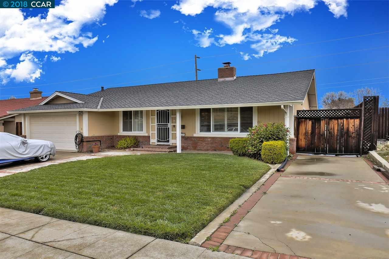 واحد منزل الأسرة للـ Sale في 1122 Lomitas Avenue 1122 Lomitas Avenue Livermore, California 94550 United States