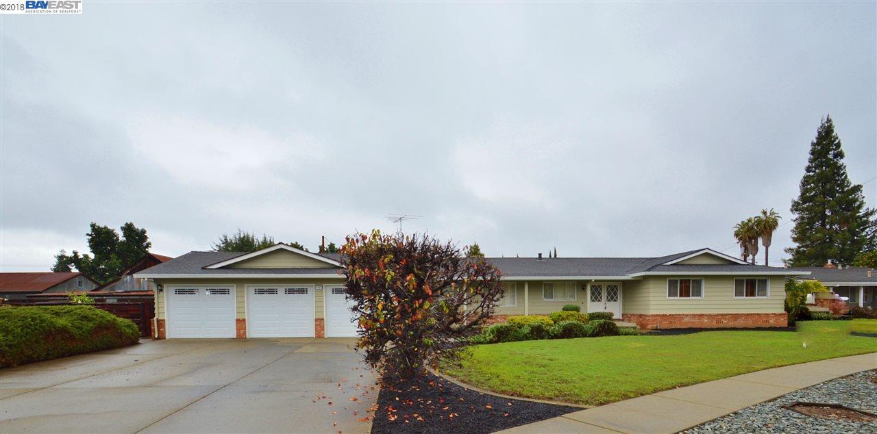 Maison unifamiliale pour l Vente à 4567 Darrow Court 4567 Darrow Court Fremont, Californie 94536 États-Unis