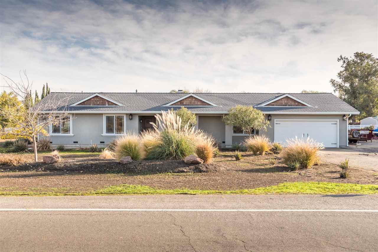 Single Family Home for Sale at 15926 Redondo Drive 15926 Redondo Drive Tracy, California 95304 United States