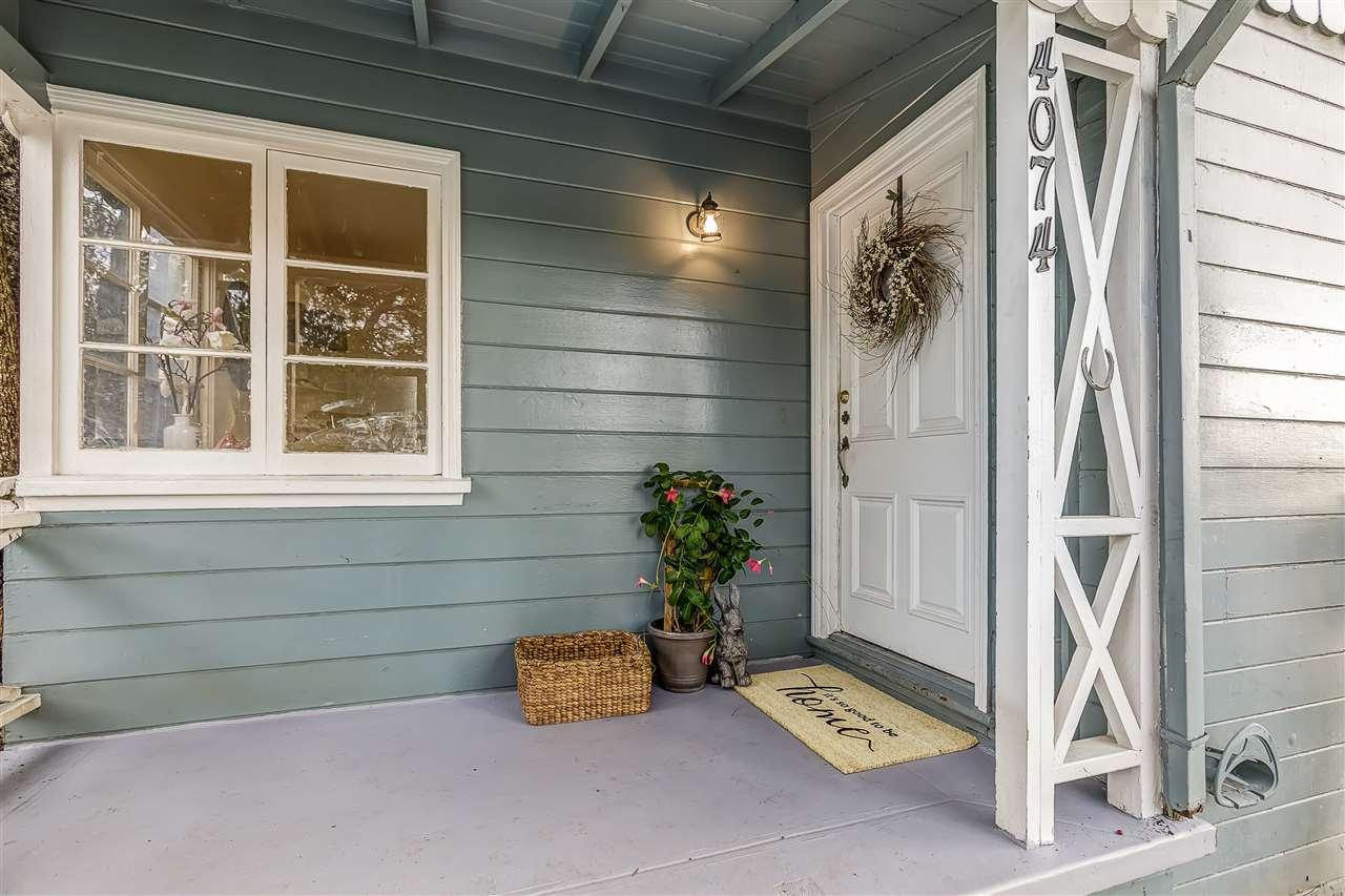 واحد منزل الأسرة للـ Sale في 4074 Kuhnle Avenue 4074 Kuhnle Avenue Oakland, California 94605 United States