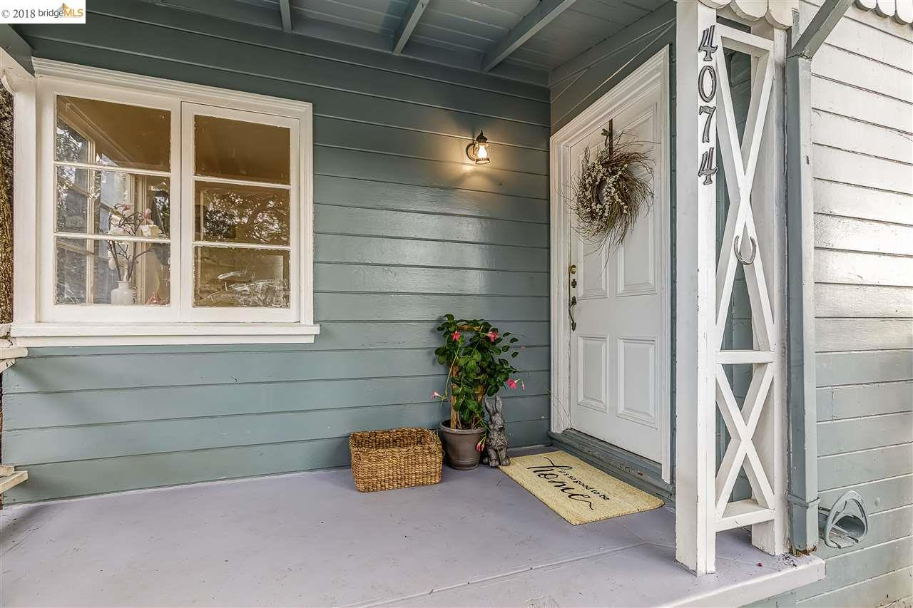 獨棟家庭住宅 為 出售 在 4074 Kuhnle Avenue 4074 Kuhnle Avenue Oakland, 加利福尼亞州 94605 美國