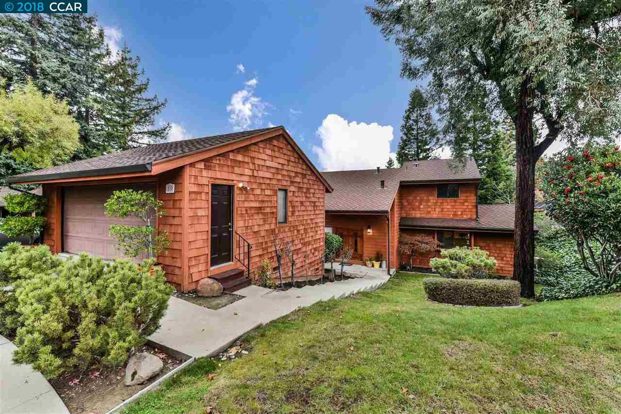 Maison unifamiliale pour l Vente à 55 Portsmouth Circle 55 Portsmouth Circle Pleasant Hill, Californie 94523 États-Unis
