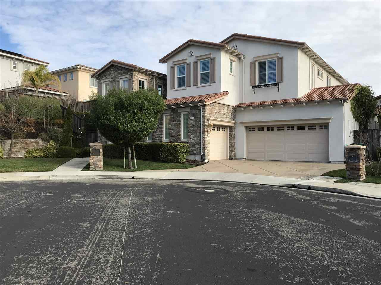 Single Family Home for Rent at 237 Angsley Court 237 Angsley Court San Ramon, California 94582 United States