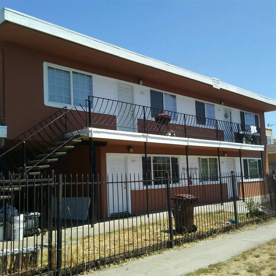 多戶家庭房屋 為 出售 在 300 S 9th Street 300 S 9th Street Richmond, 加利福尼亞州 94804 美國