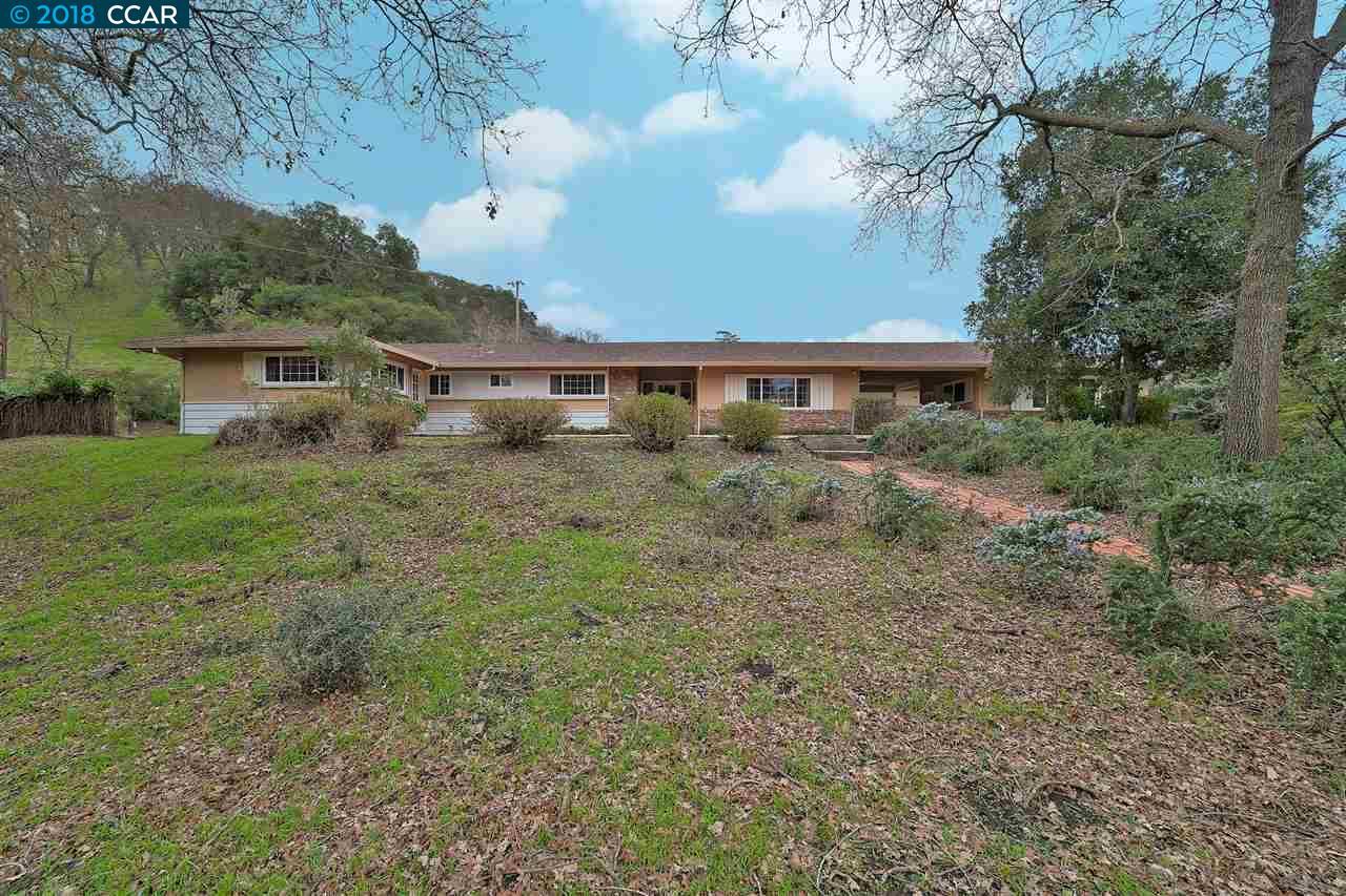 Maison unifamiliale pour l Vente à 1210 Russelmann Park Road 1210 Russelmann Park Road Clayton, Californie 94517 États-Unis