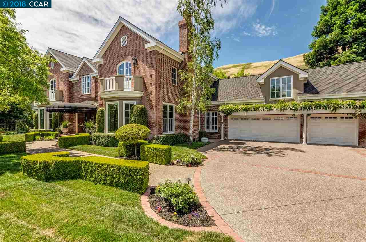 Maison unifamiliale pour l Vente à 56 Merrill Cir N 56 Merrill Cir N Moraga, Californie 94556 États-Unis