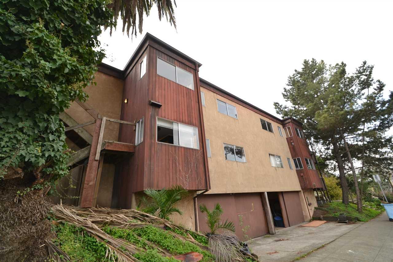 Maison avec plusieurs logements pour l Vente à 1720 Cedar Street 1720 Cedar Street Berkeley, Californie 94703 États-Unis