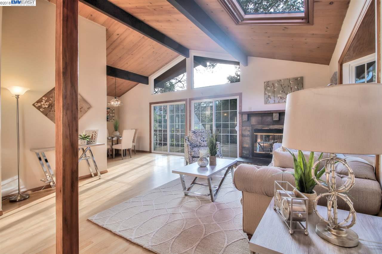 Single Family Home for Sale at 5926 Hillside Drive 5926 Hillside Drive El Sobrante, California 94803 United States