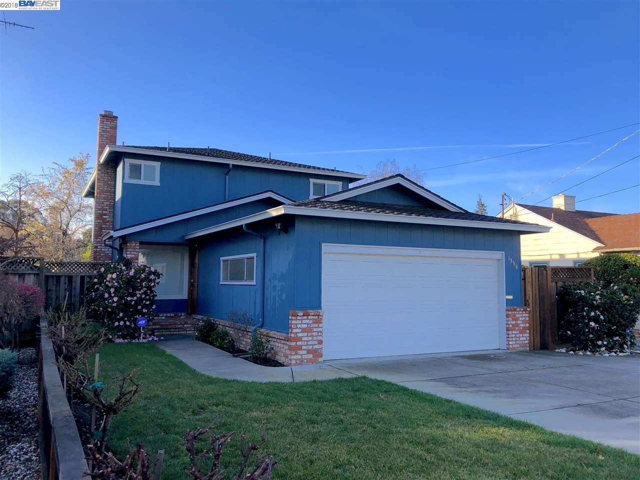 Частный односемейный дом для того Аренда на 1359 DUTTON Avenue 1359 DUTTON Avenue San Leandro, Калифорния 94577 Соединенные Штаты