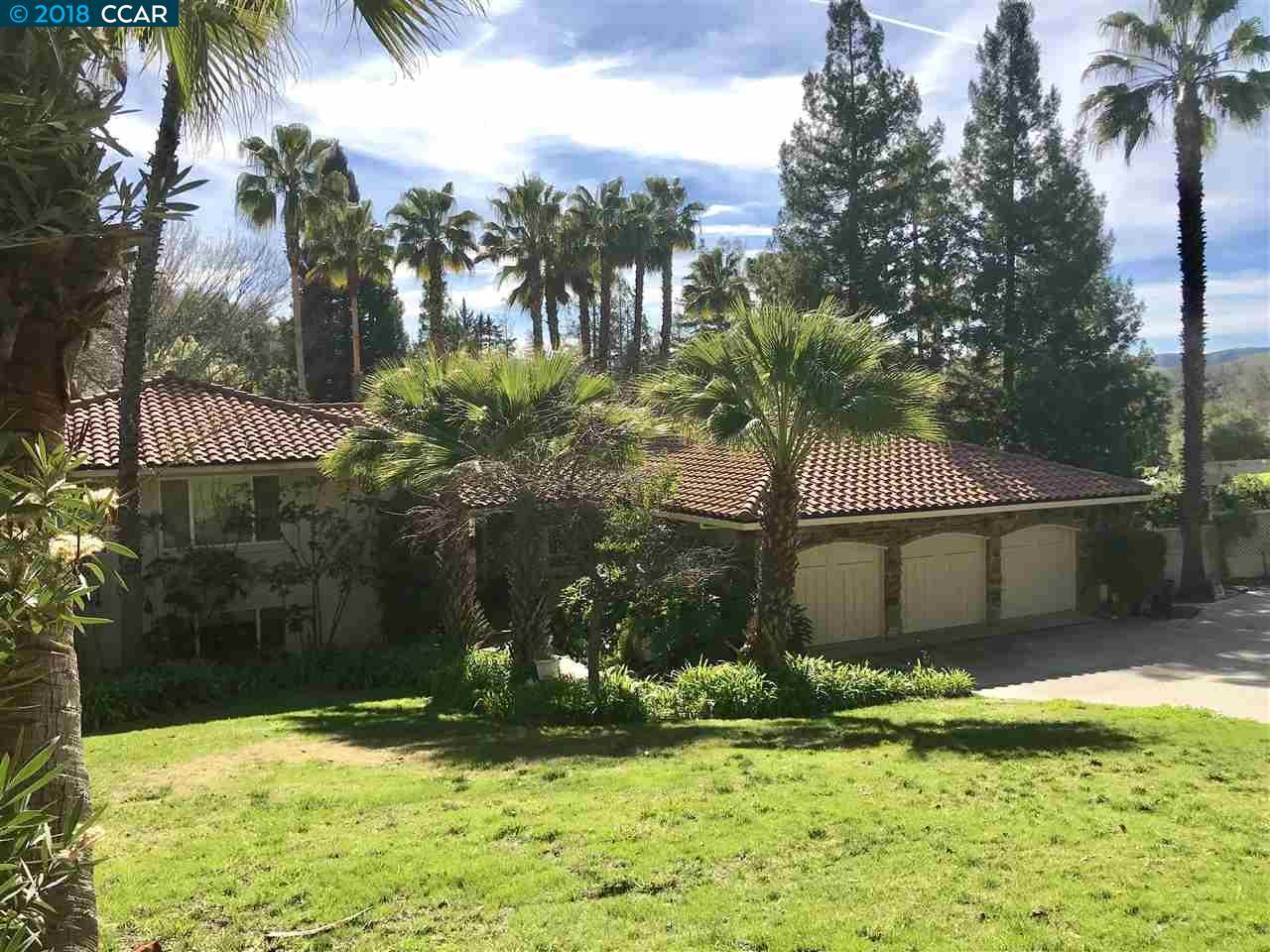 واحد منزل الأسرة للـ Sale في 2315 CABALLO RANCHERO 2315 CABALLO RANCHERO Diablo, California 94528 United States