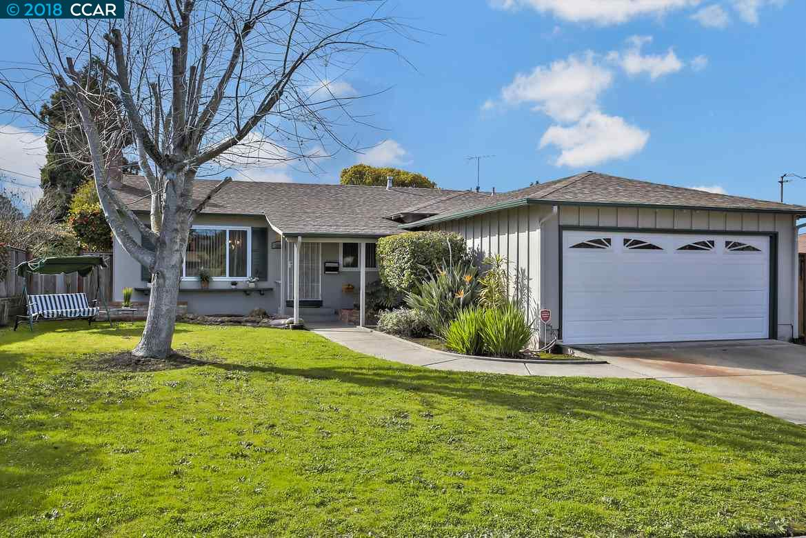 一戸建て のために 売買 アット 2809 Cornelius Drive 2809 Cornelius Drive San Pablo, カリフォルニア 94806 アメリカ合衆国