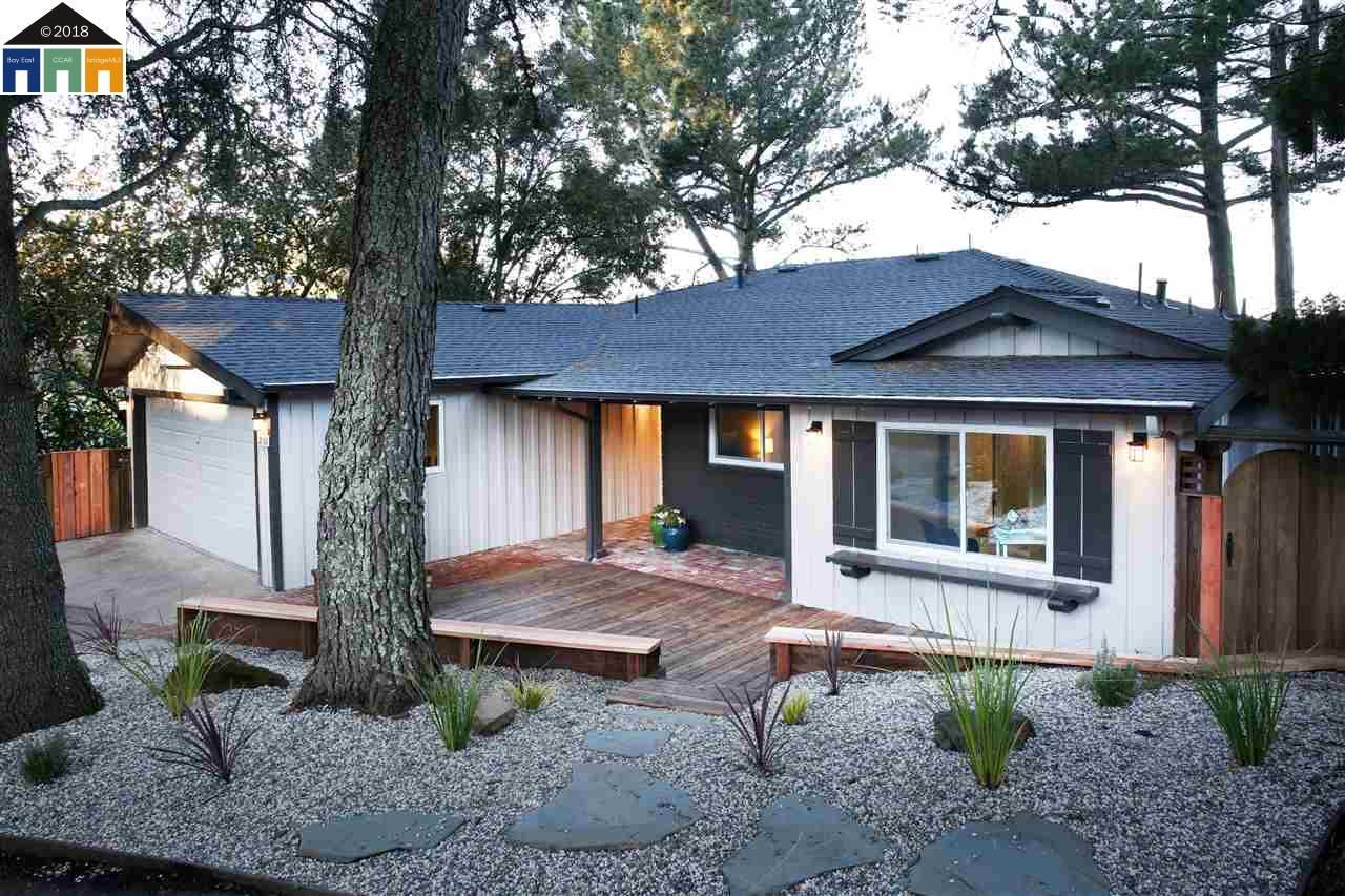 Maison unifamiliale pour l Vente à 2760 Carisbrook Drive 2760 Carisbrook Drive Oakland, Californie 94611 États-Unis