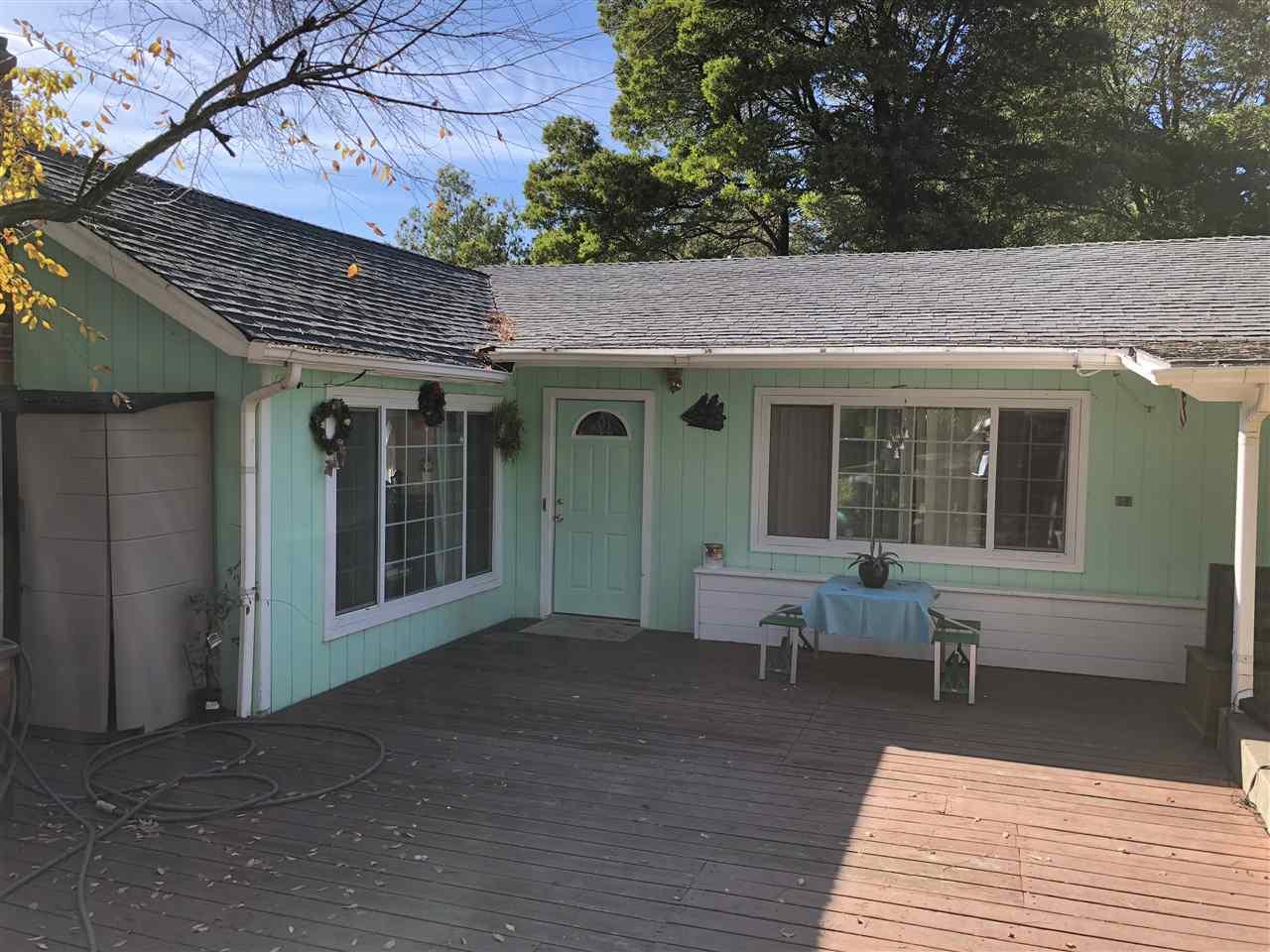 Casa Unifamiliar por un Venta en 635 La Paloma Road 635 La Paloma Road El Sobrante, California 94803 Estados Unidos