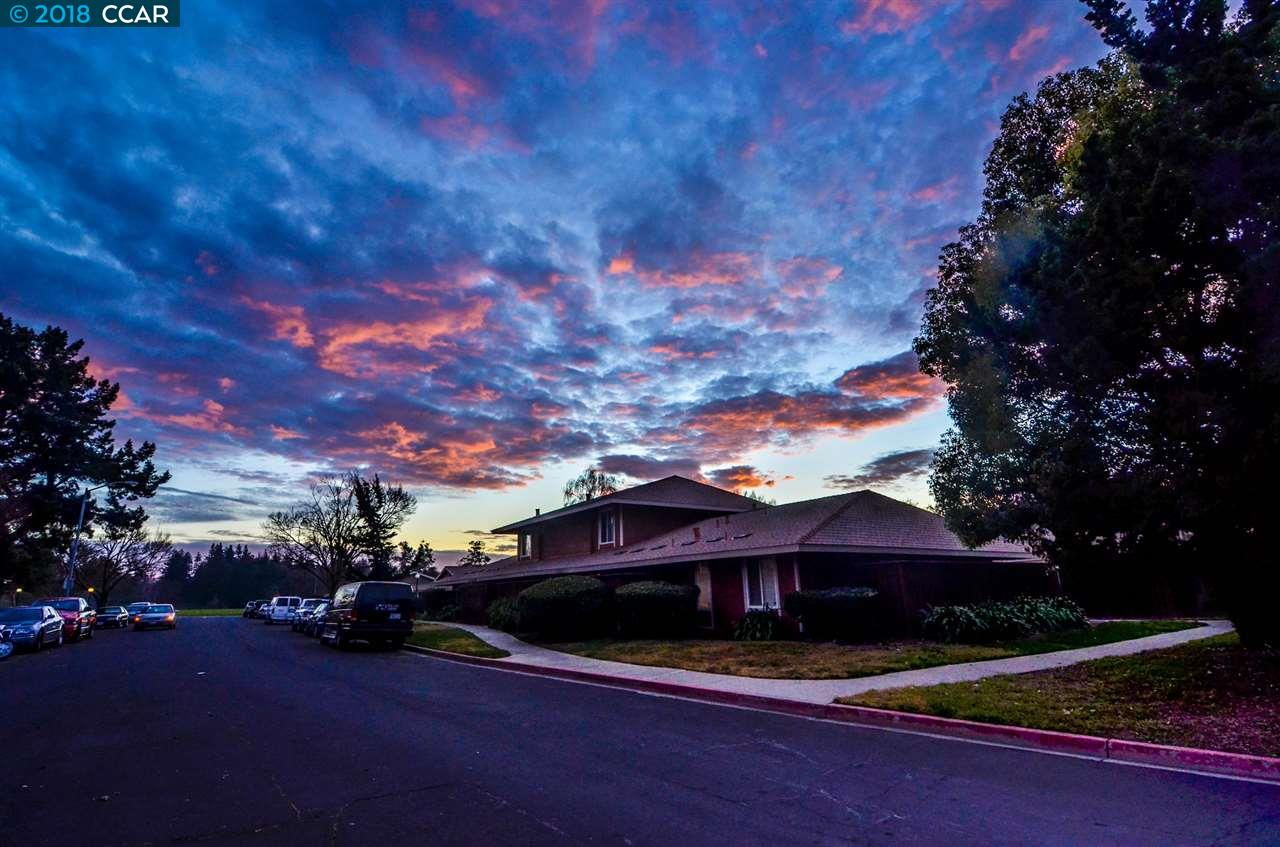 Townhouse for Sale at 2053 Olivera Road 2053 Olivera Road Concord, California 94520 United States