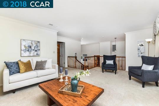 獨棟家庭住宅 為 出售 在 1491 Fieldcrest Circle 1491 Fieldcrest Circle Pleasant Hill, 加利福尼亞州 94523 美國