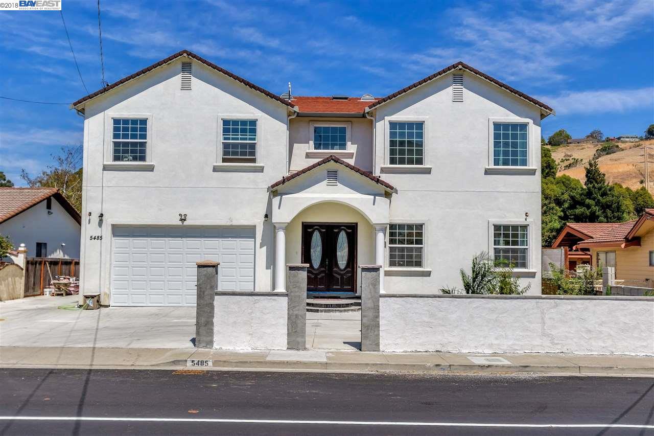 واحد منزل الأسرة للـ Sale في 5485 Olinda Road 5485 Olinda Road El Sobrante, California 94803 United States