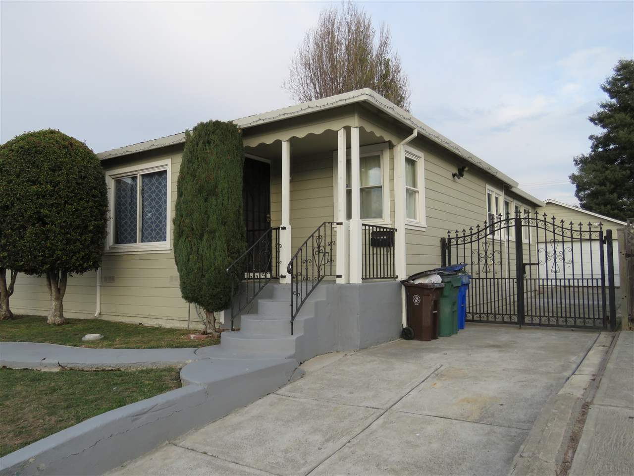 228 S 16TH ST, RICHMOND, CA 94804