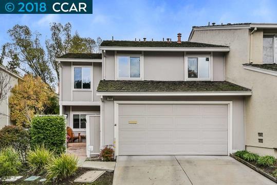 تاون هاوس للـ Sale في 302 Kinross Drive 302 Kinross Drive Walnut Creek, California 94598 United States