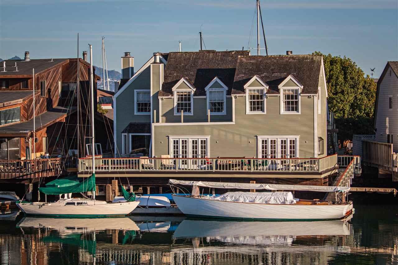 Einfamilienhaus für Verkauf beim 1311 Sanderling Island 1311 Sanderling Island Point Richmond, Kalifornien 94801 Vereinigte Staaten