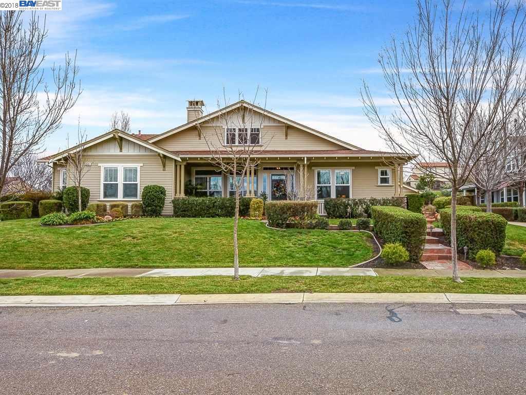 واحد منزل الأسرة للـ Sale في 2491 Belmont Drive 2491 Belmont Drive Livermore, California 94550 United States